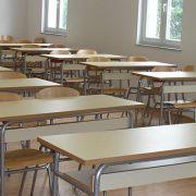 Dok se škole bave administracijom, obrazovni sistem propada iznutra