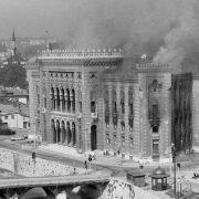 Godišnjica granatiranja Vijećnice: Pokušaj brisanja kulture Bosne i Hercegovine