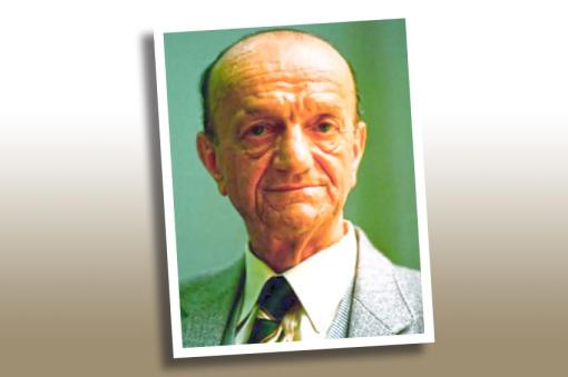Prof. dr. Atif Purivatra je svoj politički i intelektualni rad posvetio razvoju nacionalne svijesti Bošnjaka